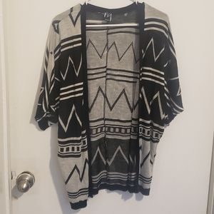 Windsor Short Sleeved BoHo Batwing Cardi